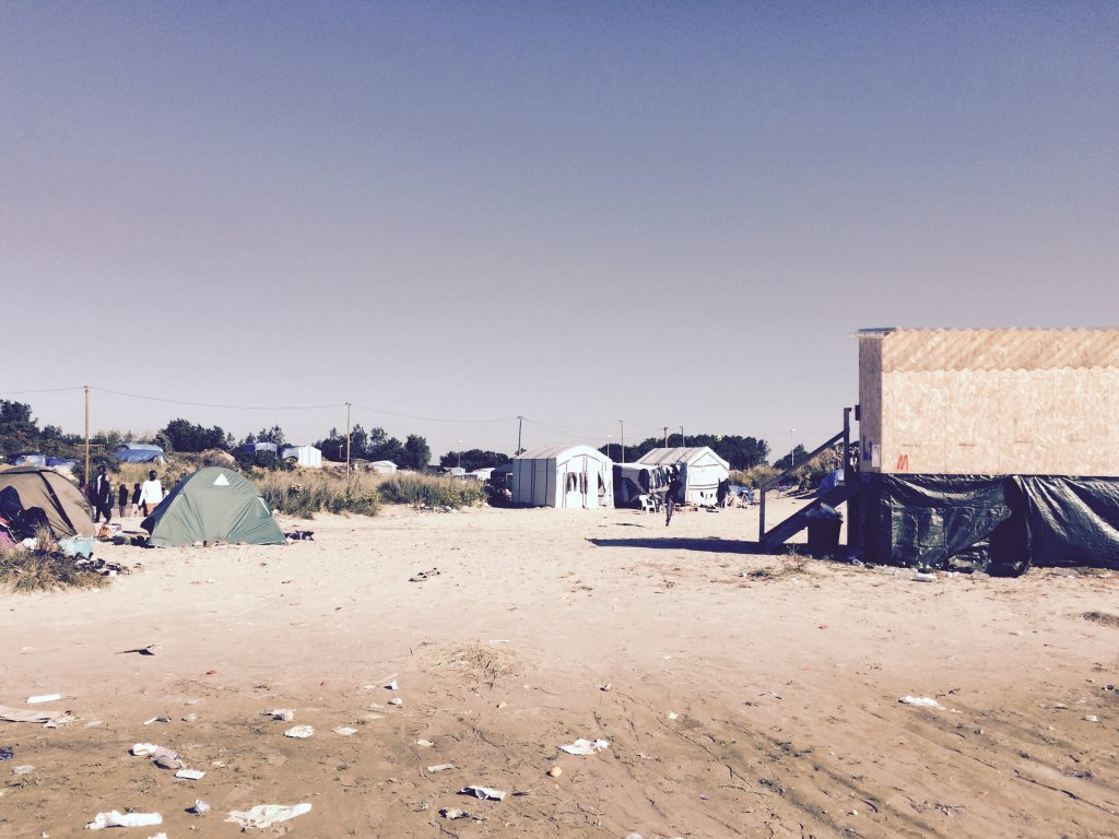 Picture of tents in the camp