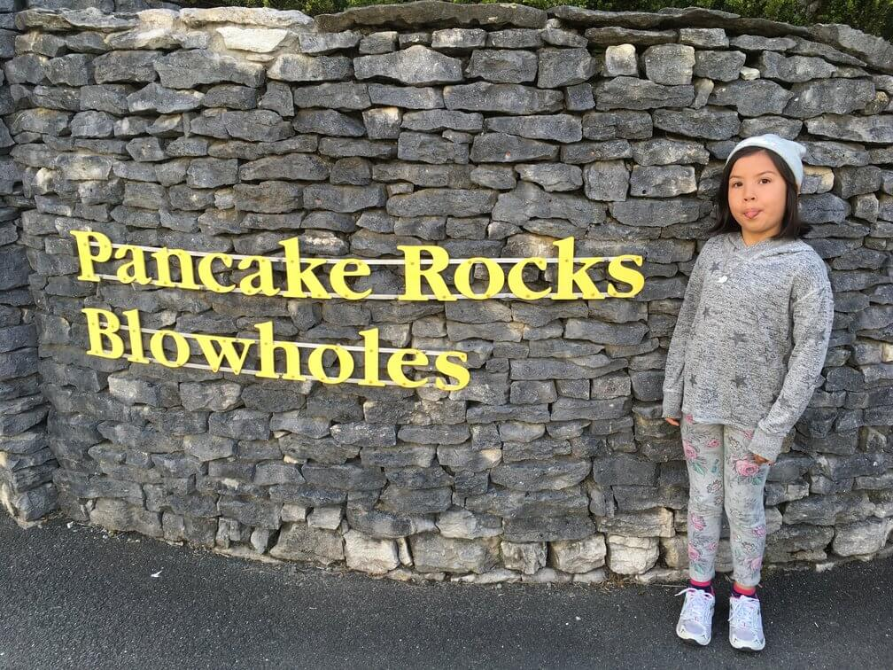 Photo of Roobs outside sign advertising pancake rocks